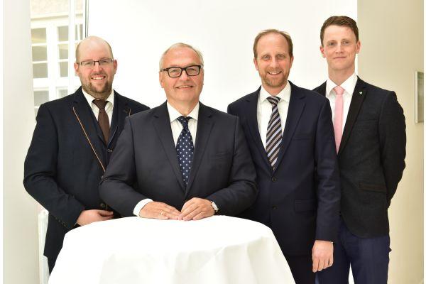 Tony Krönert, Karl-Heinz Stawiarski, Dr. Martin Sabel und Michael Koch