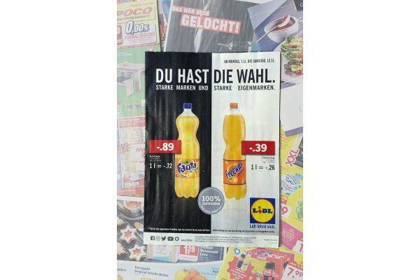 Lidl-Werbung: Vergleich der Preise des Markenprodukts und der Eigenmarke.