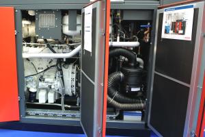 Druckluft-WärmeKraftwerk CHP CA 570 NA von Bosch KWK Systeme.