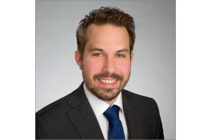 Dr. Robert Heinze, Leiter für Forschung und Entwicklung bei getAir, dem in Mönchengladbach ansässigen Innovations- und Technologieführer für dezentrale Wohnraumlüftung.