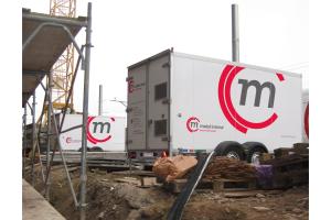 Die mobilen Warmwasser-Heizzentralen von Mobil in Time sorgen in fast allen erdenklichen Szenarien für eine zuverlässige Wärmeversorgung.