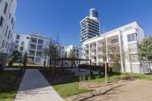 Außenansicht des Henninger Turms.