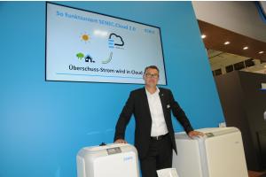 """Die """"Senec-Cloud"""", welche die Sektorenkopplung für Strom, Wärme und Mobilität ermöglicht, präsentierte Dr. Thomas Pilgram von der Deutschen Energieversorgung GmbH aus Leipzig."""