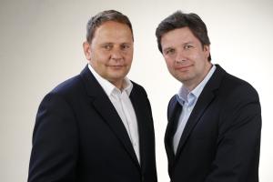 Helmut Schäffer (links) und Andreas Lutzenberger, Geschäftsführer der Mobiheat GmbH.