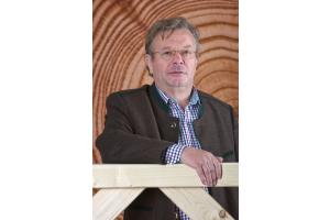 Dipl.-Ing. Robert Bergmüller, Senior-Chef bei Bergmüller Holzbau und Präsident der Vereinigung ZimmerMeisterHaus.