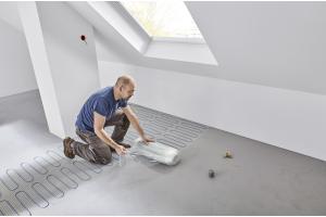 """Die elektrische Fußbodenheizung """"Uponor Comfort E"""" gehört zu den dünnsten Lösungen im Markt und kann in der Sanierung und im Neubau praktisch überall eingesetzt werden."""
