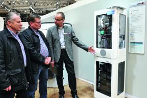 Hinter der Studie EcoGen WGS Energy Tower von Brötje verbirgt sich ein Hybridsystem aus Stirlingmotor, Gas-Brennwertkessel und Stromspeicher.
