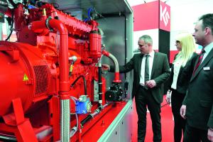 Kuntschar+Schlüter präsentierte das BHKW vom Modultyp GTK 140. Basis ist ein MAN Motor mit 140 kW elektrischer und  212 kW thermischer Leistung.