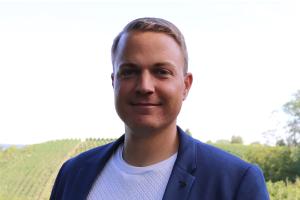 """Alexander Post, Sales Manager bei der pds GmbH: """"Die Anwendung des ökonomischen Minimum- bzw. Maximum-Prinzips kann helfen, ein Gespür dafür zu finden, an welchen Stellen im Betrieb digitale Werkzeuge zum Einsatz kommen können, um bestehende Handwerksprozesse fit(ter) zu machen."""""""