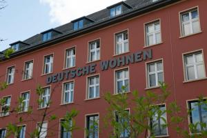 Option für die Umrüstung auf Festkörper-Wärmepumpen gesichert: deutsche Wohnen hat sich am Start-up WirMag beteiligt. Die WirMag bietet Wärmepumpen nach dem magnetokalorischen Prinzip an.