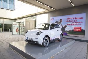 Kundeninformation zum Thema Elektromobilität.