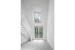 Blick ins Grüne: Eine Maisonnette-Wohnung im Obergeschoss.